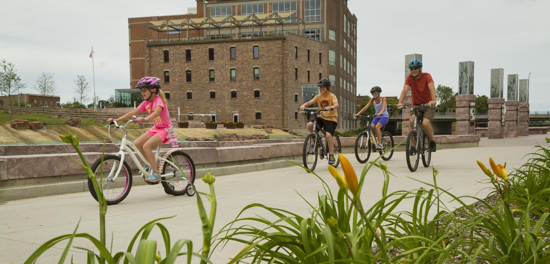 Sioux Falls Greenway, biking