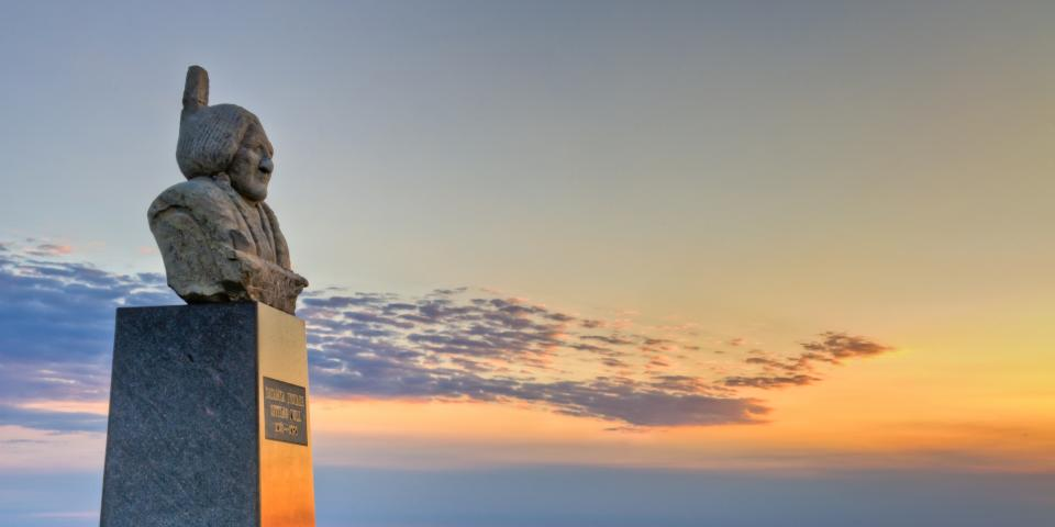 Monument to Sitting Bull, near Mobridge