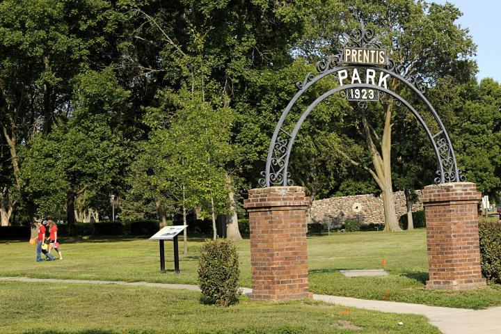 Prentis Park, Vermillion